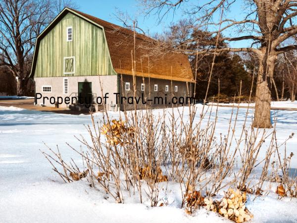 Winter Wonder Barn