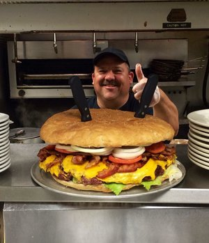 Mallie's 10 Lb Burger! Photo: Mallie's