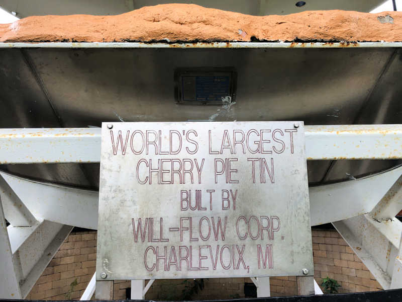 World's Largest Cherry Pie, Charlevoix
