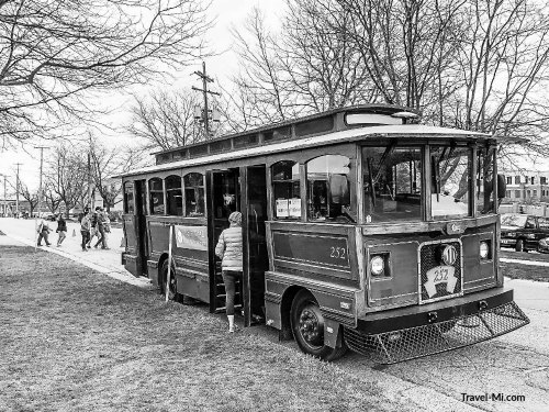 Tulip Time Trolley Tours