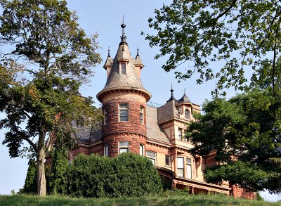5 Insane Michigan Restaurants You Never Knew Existed! Henderson Castle