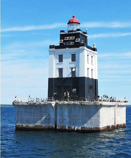 Poe Reef Lighthouse, Cheboygan